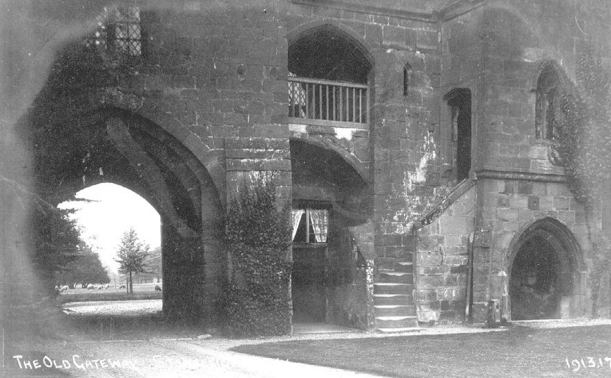 Stoneleigh Abbey gatehouse.  1910s |  IMAGE LOCATION: (Warwickshire County Record Office)