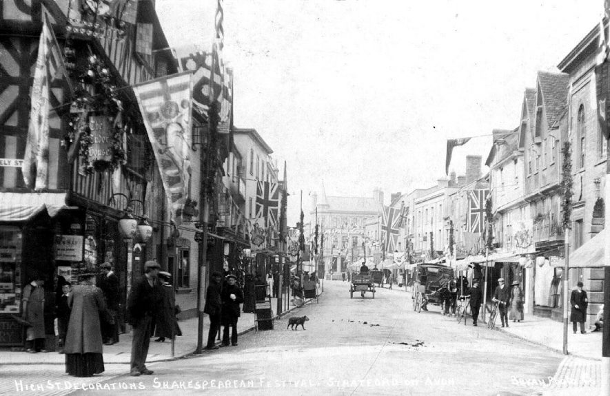 Decorated High Street in Stratford upon Avon.  1910s |  IMAGE LOCATION: (Warwickshire County Record Office)