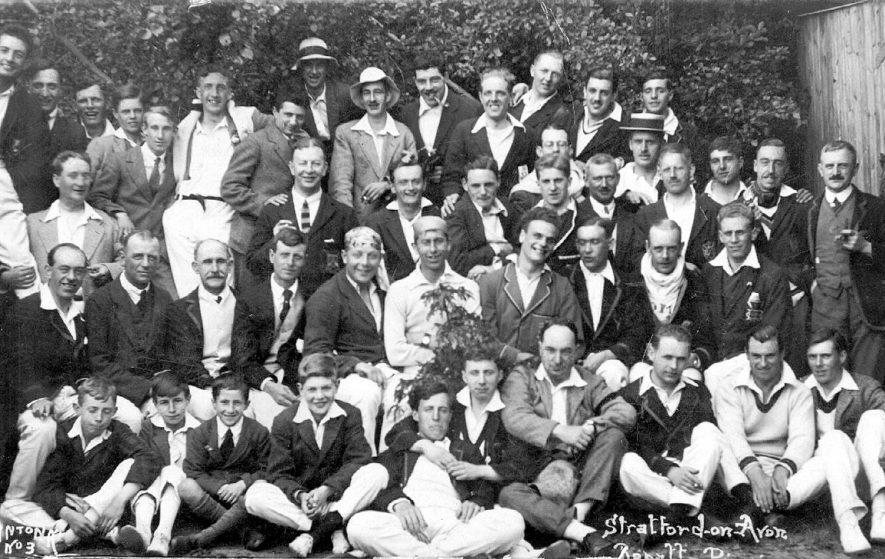 Group of contestants at Stratford Regatta.  1920s |  IMAGE LOCATION: (Warwickshire County Record Office)