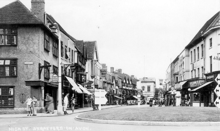View along High Street, Stratford upon Avon.  1950 |  IMAGE LOCATION: (Warwickshire County Record Office)