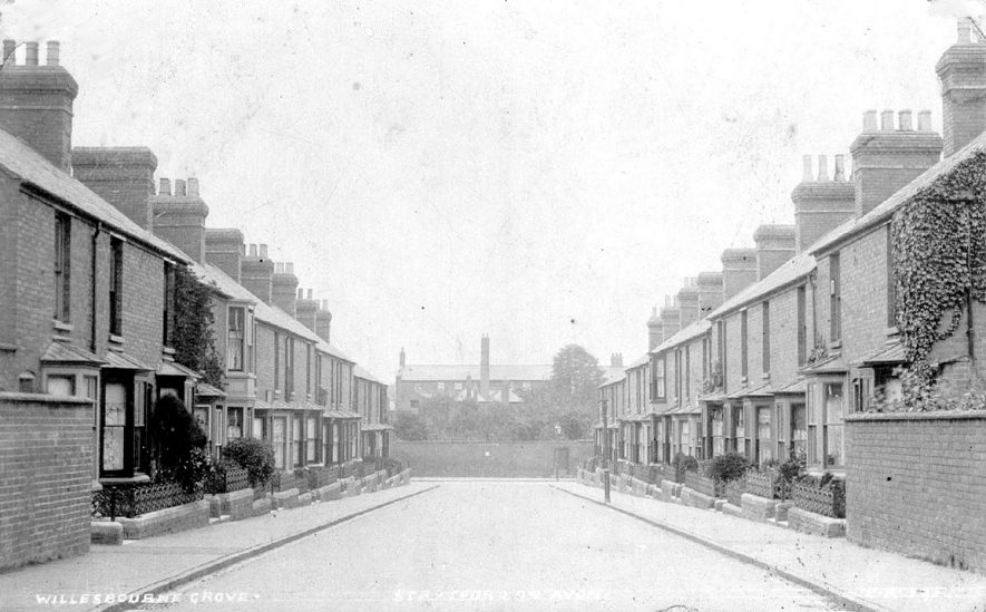 Wellesbourne Grove, Stratford upon Avon.  1900s |  IMAGE LOCATION: (Warwickshire County Record Office)