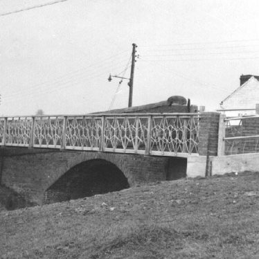 Long Itchington.  Cuttle Bridge