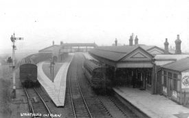 Stratford upon Avon railway  station.  1910s |  IMAGE LOCATION: (Warwickshire County Record Office)