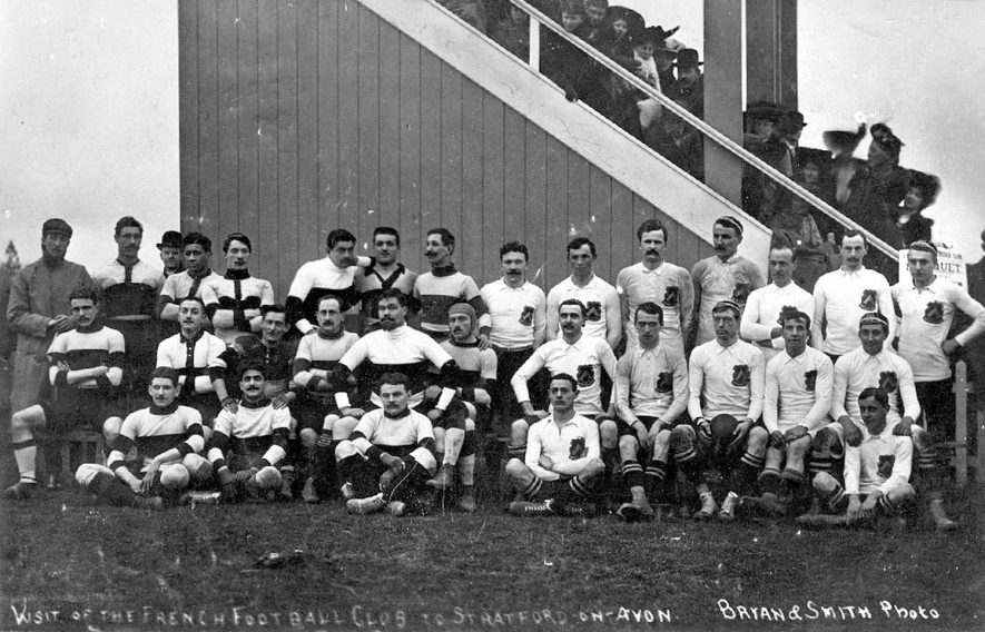 Team photo when rugby teams from the Sporting Club des Universities de France where visiting Stratford upon Avon.  1900s |  IMAGE LOCATION: (Warwickshire County Record Office)