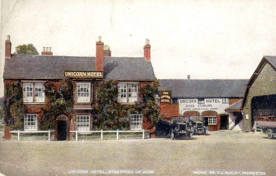 Unicorn Hotel, Bridge Foot, Stratford upon Avon.   1910s |  IMAGE LOCATION: (Warwickshire County Record Office)