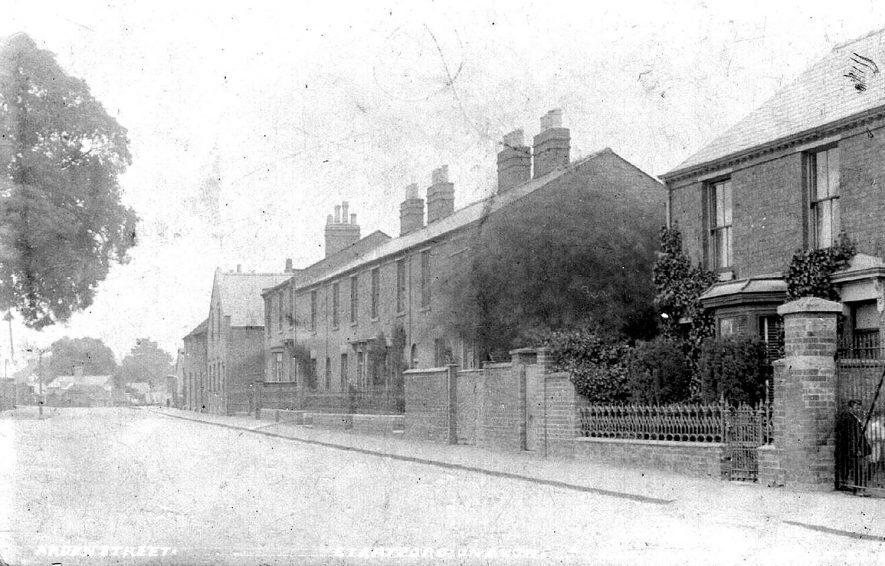 Arden Street, Stratford upon Avon.  1910s |  IMAGE LOCATION: (Warwickshire County Record Office)