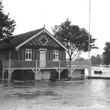 Stratford upon Avon.  Boat Club house