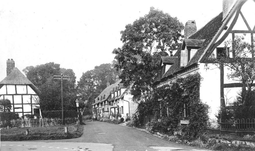 Thatched and timbered cottages in Shottery.  1930s |  IMAGE LOCATION: (Warwickshire County Record Office)
