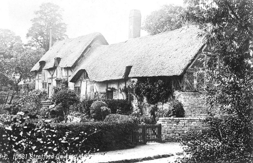 Anne Hathaway's thatched and timber framed cottage, Shottery.  1900s |  IMAGE LOCATION: (Warwickshire County Record Office)