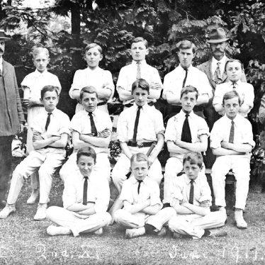 Stratford upon Avon.  School cricket team