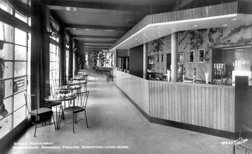 The stalls restaurant at the Memorial Theatre, Stratford upon Avon.  1950s |  IMAGE LOCATION: (Warwickshire County Record Office)