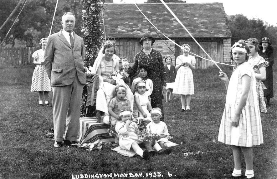 May Day celebrations, Luddington.  1933 |  IMAGE LOCATION: (Warwickshire County Record Office)