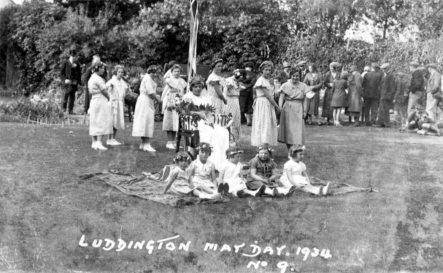 Luddington May Day.  The May Queen with her attendants.  1934 |  IMAGE LOCATION: (Warwickshire County Record Office)