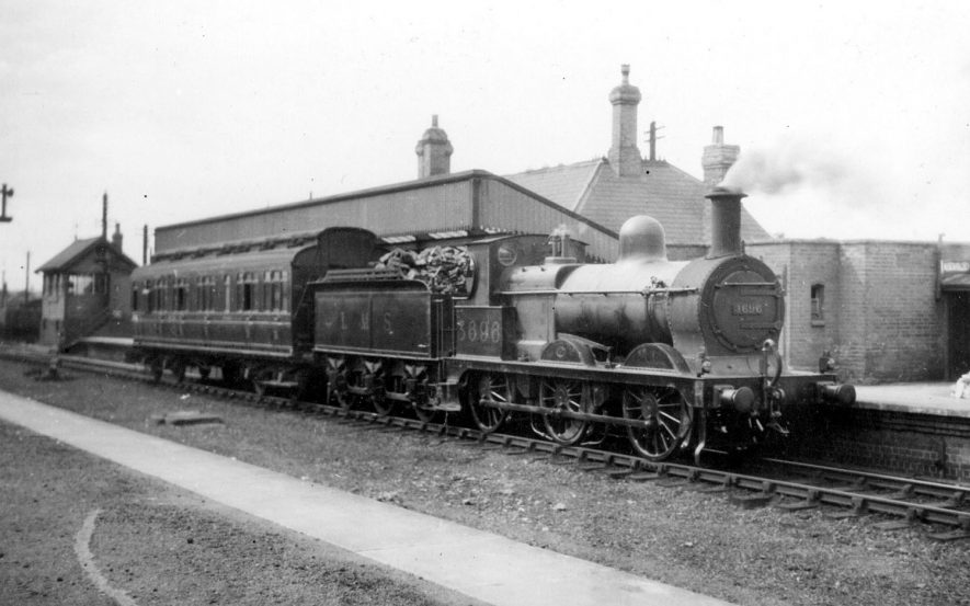 Locomotive 3696 and 'train' from Broom Junction at Stratford upon Avon Station. 1920s[The correct location of this photograph is the A4390 Seven Sisters Meadow Road roundabout by Greenways car park and OLd Town Mews. This was the location of The Midland Junction Station. The road is built on the old trackbed.] |  IMAGE LOCATION: (Warwickshire County Record Office)