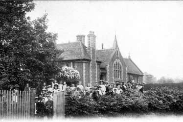 Settling in Princethorpe, School in Stretton