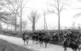 London Road, near Home Farm (between Coventry & Dunchurch), Stretton on Dunsmore.   George V reviewing 29th Division.  March, 1915 |  IMAGE LOCATION: (Warwickshire County Record Office) PEOPLE IN PHOTO: George V