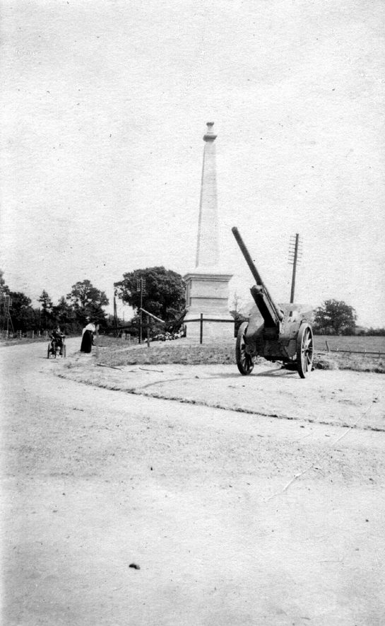 Memorial to 29th Division, erected on spot between Coventry and Dunchurch where George V reviewed Division in 1915, Stretton on Dunsmore. Unveiled by Earl of Craven on May 24th 1921. |  IMAGE LOCATION: (Warwickshire County Record Office)