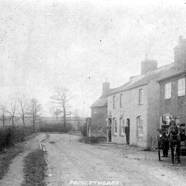 Princethorpe.  Wappenbury Road cottages