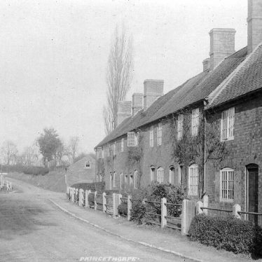 Princethorpe.  Cottages