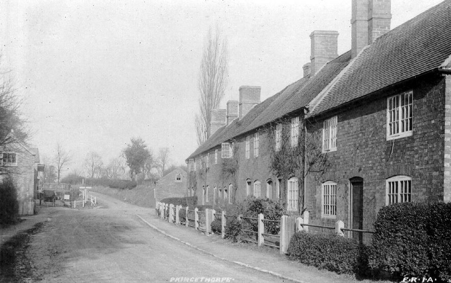 Cottages in Princethorpe.  1900s |  IMAGE LOCATION: (Warwickshire County Record Office)
