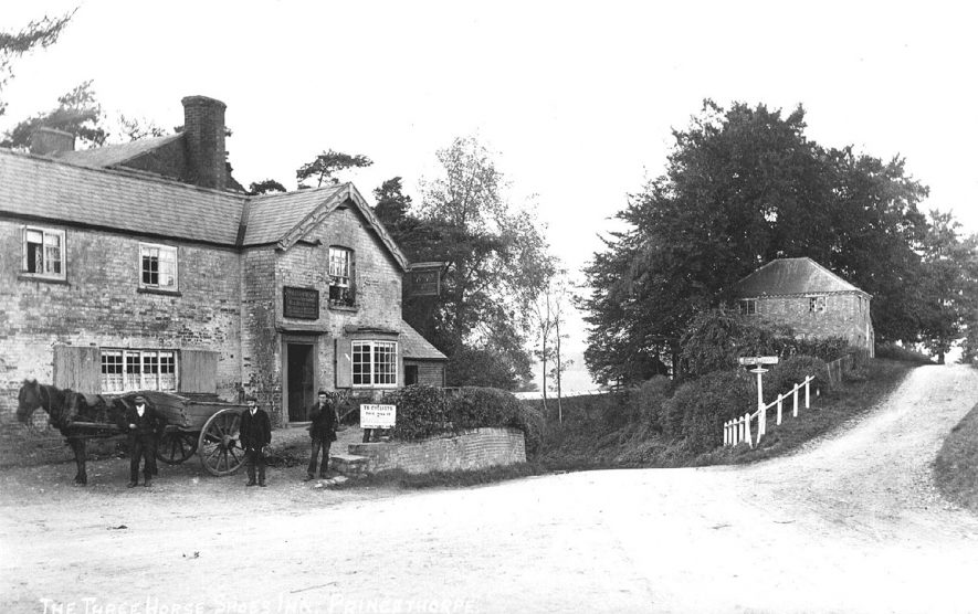 The Three Horse Shoes Inn, Princethorpe.  1905 |  IMAGE LOCATION: (Warwickshire County Record Office)