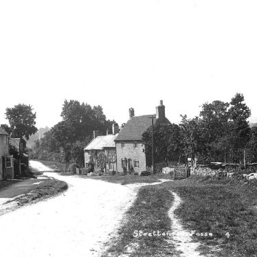 Stretton on Fosse.  Country lane