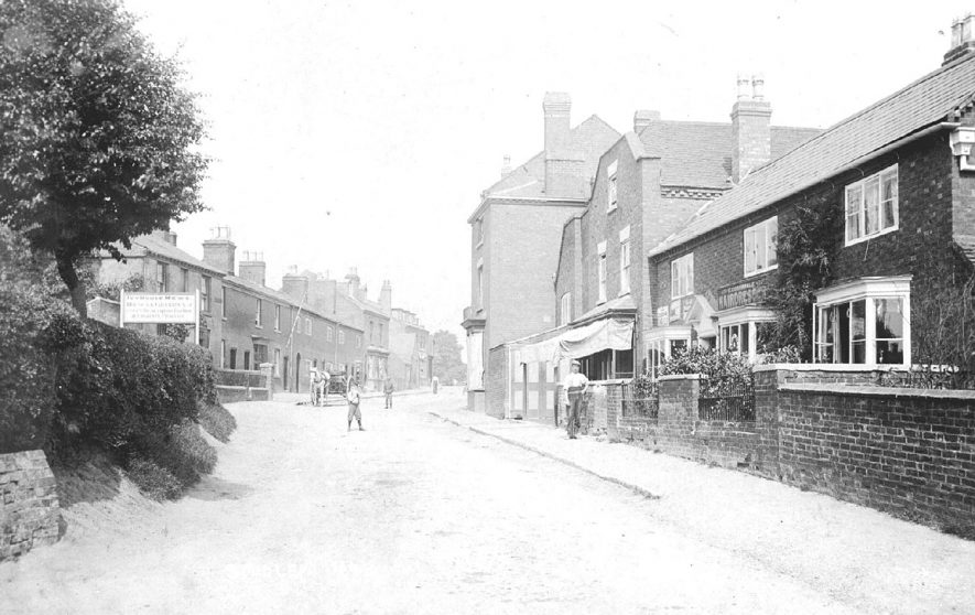 A street scene in Redditch Road, Studley.  1900s |  IMAGE LOCATION: (Warwickshire County Record Office)