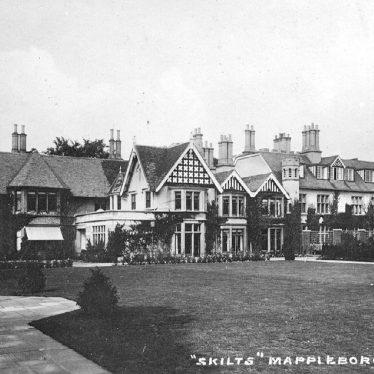 Mappleborough Green.  Skilts