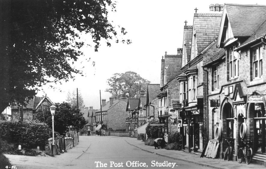 Post office and houses, Studley.  1920s |  IMAGE LOCATION: (Warwickshire County Record Office)