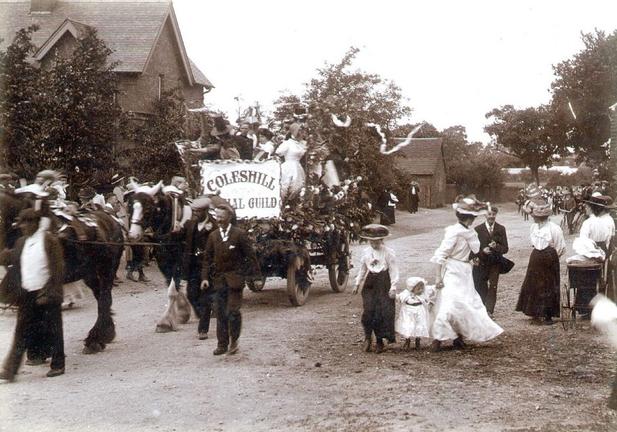 George V coronation celebration procession, Coleshill.  1910 |  IMAGE LOCATION: (Coleshill Library)