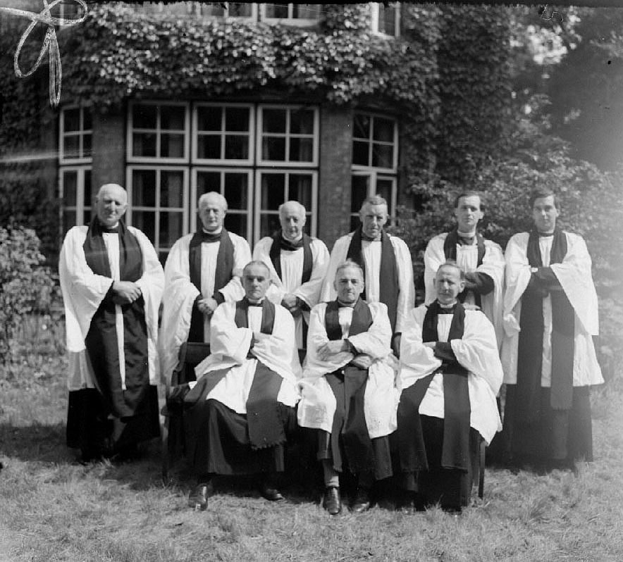 Southam Deanery Clergy, group photograph.  3 July 1947 |  IMAGE LOCATION: (Warwickshire County Record Office)