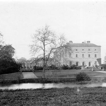 Great Packington.  Packington Hall and grounds