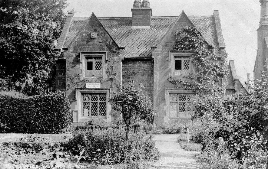 Wormleighton Post Office.  1910s |  IMAGE LOCATION: (Warwickshire County Record Office)