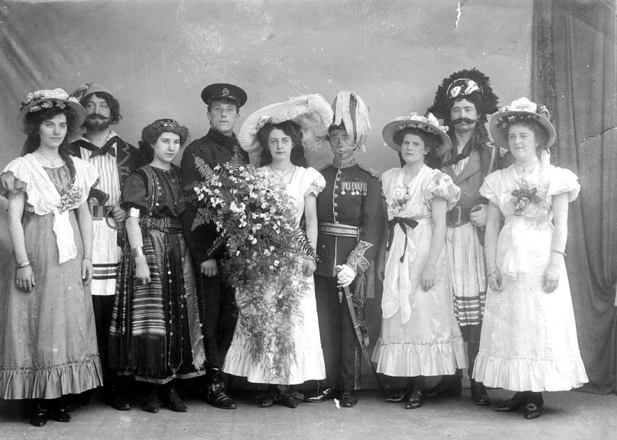 Operatic Society group photograph in costume, Coleshill.  1910 |  IMAGE LOCATION: (Coleshill Library)