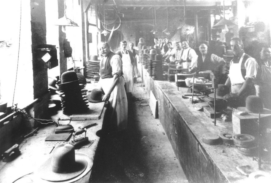 Hatton's hat factory, finishing department, Atherstone.  1920 |  IMAGE LOCATION: (Atherstone Library)
