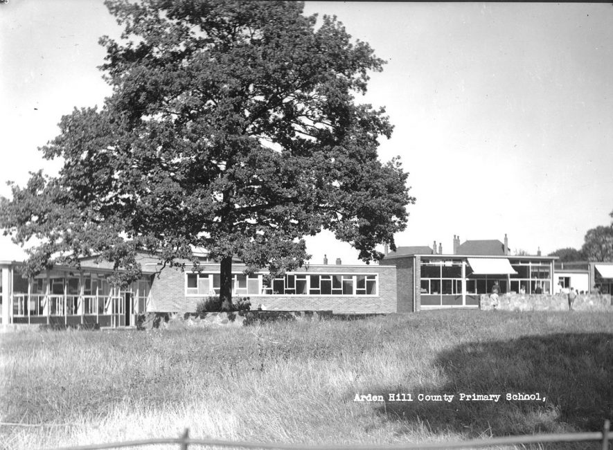 Arden Hill County Primary School, Atherstone.  1960s |  IMAGE LOCATION: (Atherstone Library)