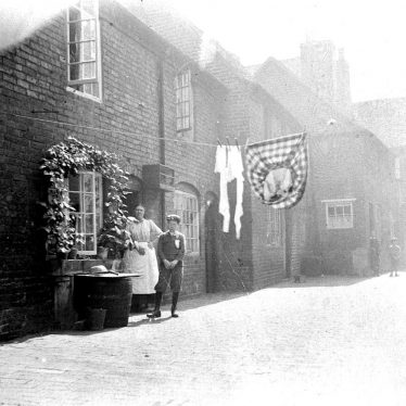 Atherstone.  Rumsey's Yard