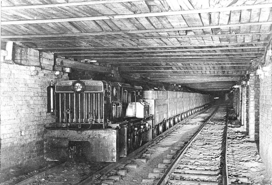 Birch Coppice Colliery, Polesworth. 1950s[Known locally as Hall End Pit it lies on the A5 between Wilnecote and Dordon. The official postal address is Hall End, Polesworth] |  IMAGE LOCATION: (Warwickshire County Record Office)