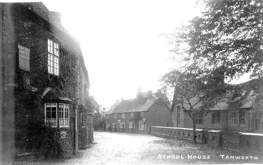 The School House at Tanworth-in-Arden.  1910s |  IMAGE LOCATION: (Warwickshire County Record Office)