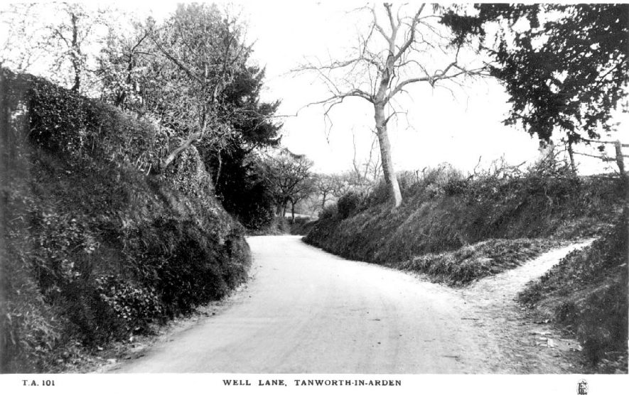 Well Lane in Tanworth-in-Arden.  1910s |  IMAGE LOCATION: (Warwickshire County Record Office)