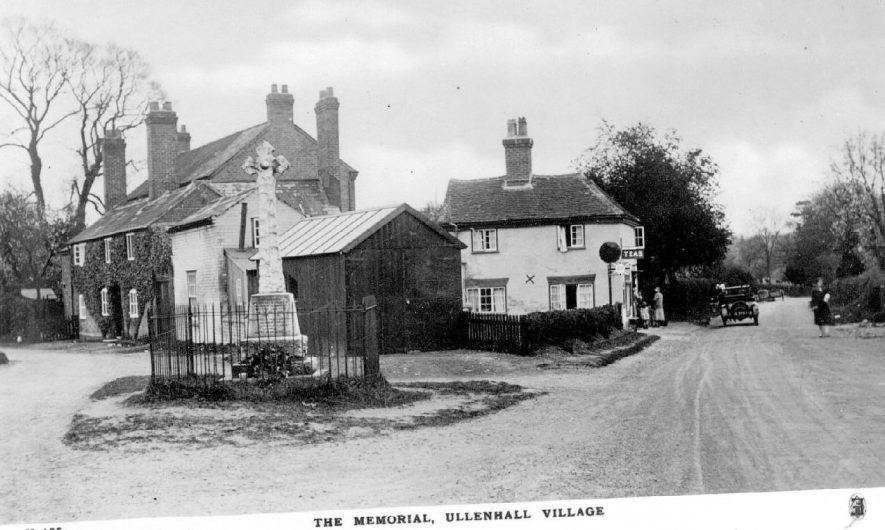 The war memorial, cottages and tea rooms in Ullenhall.  1920s |  IMAGE LOCATION: (Warwickshire County Record Office)