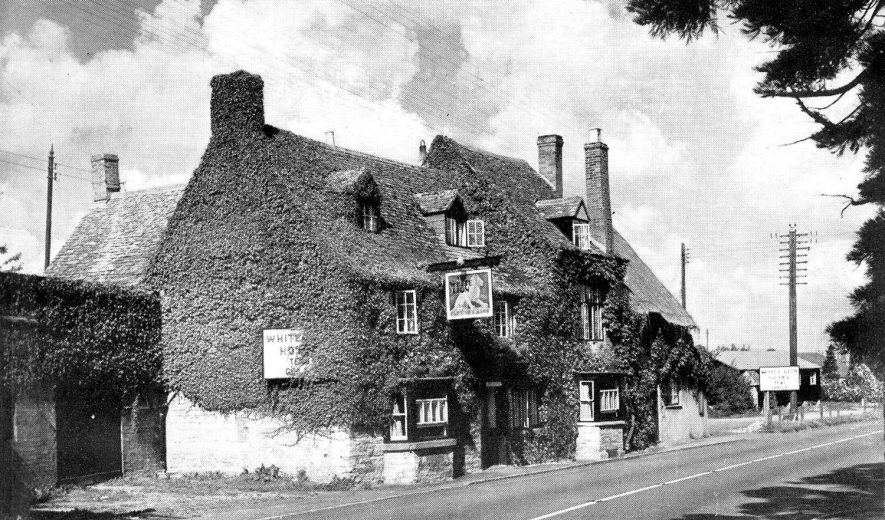 The White Lion Inn, Tredington.  1960s |  IMAGE LOCATION: (Warwickshire County Record Office)