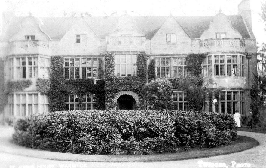 St John's House, now a museum, Warwick.  1910s |  IMAGE LOCATION: (Warwickshire County Record Office)