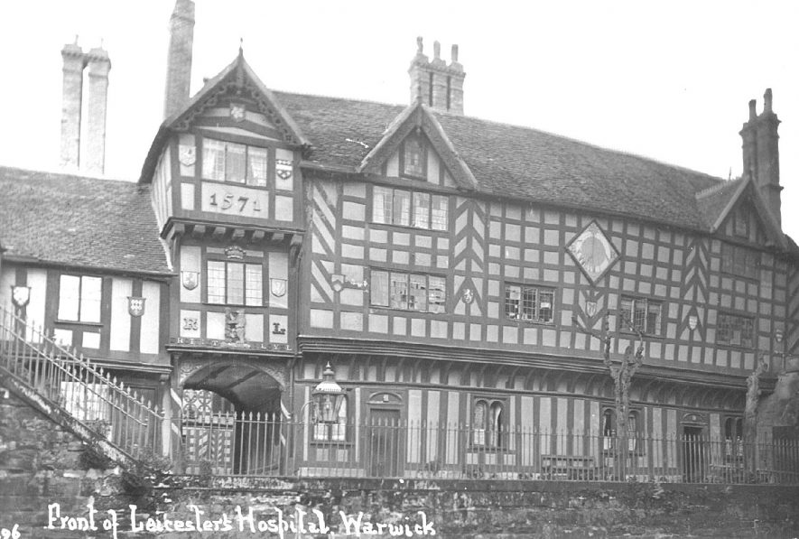 Lord Leycester Hospital, Warwick.  1910s |  IMAGE LOCATION: (Warwickshire County Record Office)