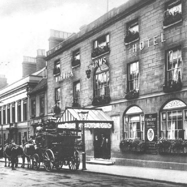 Warwick.  High Street, Warwick Arms Hotel