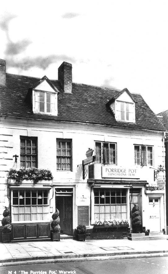 The Porridge Pot restaurant in Jury Street, Warwick.  1950s |  IMAGE LOCATION: (Warwickshire County Record Office)