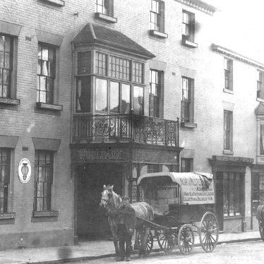 Warwick.  Woolpack Hotel