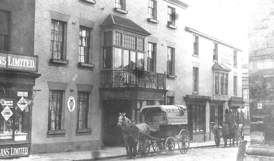 The Woolpack Hotel, Warwick.  1910s |  IMAGE LOCATION: (Warwickshire County Record Office)