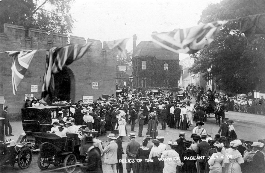 Relics of the Warwick Pageant in the grounds on Castle Hill.  July 4th 1906    IMAGE LOCATION: (Warwickshire County Record Office)