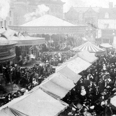 Warwick.  Market Place, Mop fair